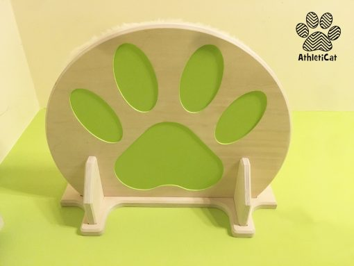 Mensola per gatti in legno con incisioni