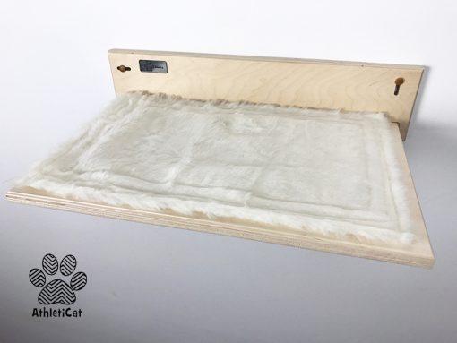 Mensola in legno per gatti